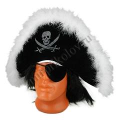 Пирата С опушкой и повязкой на глаз